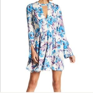 Free People Floral Boho Bell Sleeve Dress Sz 4 New